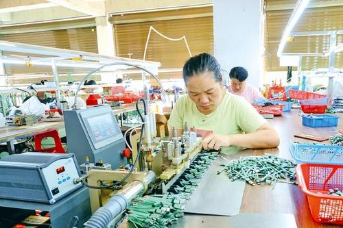 从江:电子企业迎产销旺季