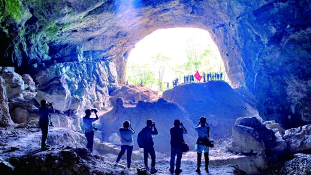 风景奇特美丽的云门洞古代炼硝遗址